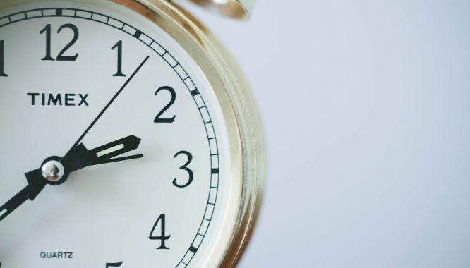 pausa de três segundos. relógio